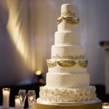 gold and white cake, , crumb de la crumb