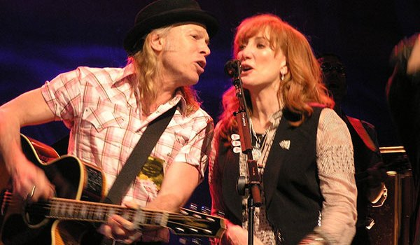 Elliott Murphy and Patti Scialfa Bercy, Paris, May 10, 2006