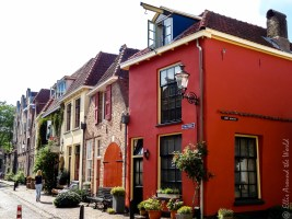 Walstraat, lovely colors.