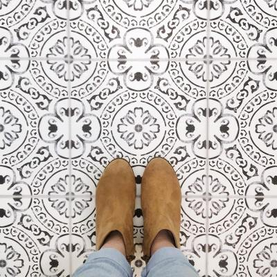DIY Peel & Stick Vinyl Flooring