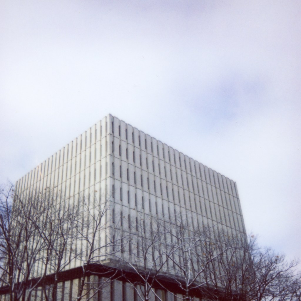 the dana porter library at the university of waterloo
