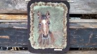 hevonen kuva, huopataulu, ellunhuopa, huovutettu taulu hevonen