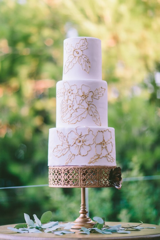 ellwed Wedding-Inspiration-from-Greece-by-George-Pahountis-8-555x832 15 best cakes from Greece and a bonus