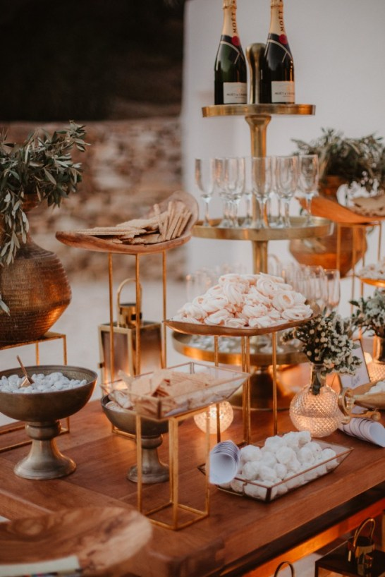 ellwed Ellwed_Anestis_Papakonstantinou_57 Serene and Idyllic Mediterranean Wedding in Antiparos