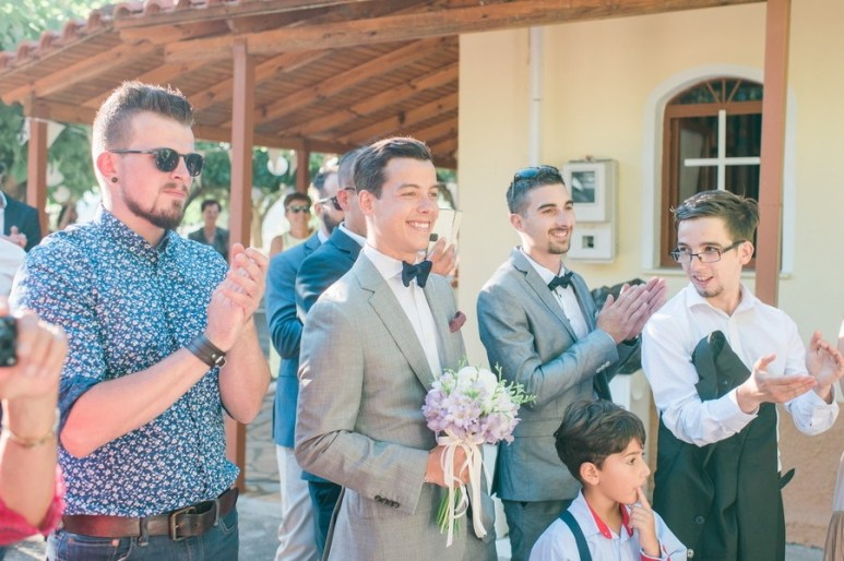 ellwed Anna_Matthieu_mirror_a27_low Colorful Country Wedding in the Greek Village of Elateia