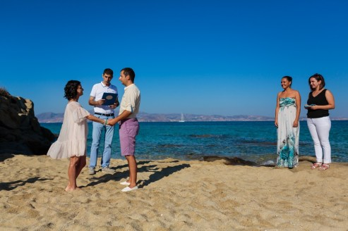 ellwed Stefan-Fekete-Photography-Mihaela-and-Andrei-Elopment-Naxos-Greece-030 Simple Down to Earth Elopement in Naxos