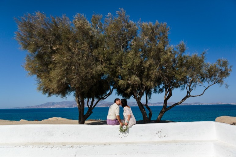 ellwed Stefan-Fekete-Photography-Mihaela-and-Andrei-Elopment-Naxos-Greece-040 Simple Down to Earth Elopement in Naxos