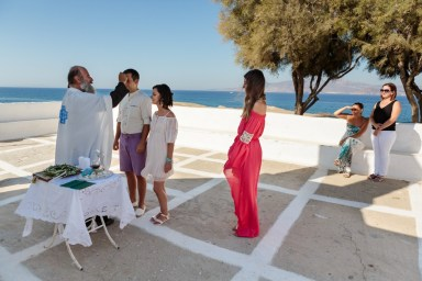 ellwed Stefan-Fekete-Photography-Mihaela-and-Andrei-Elopment-Naxos-Greece-052 Simple Down to Earth Elopement in Naxos