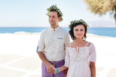 ellwed Stefan-Fekete-Photography-Mihaela-and-Andrei-Elopment-Naxos-Greece-066 Simple Down to Earth Elopement in Naxos
