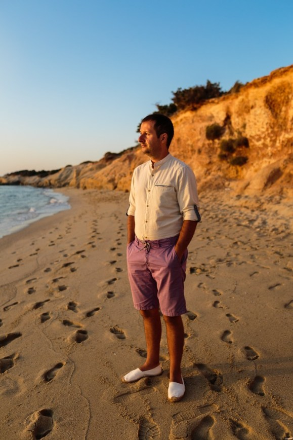 ellwed Stefan-Fekete-Photography-Mihaela-and-Andrei-Elopment-Naxos-Greece-103 Simple Down to Earth Elopement in Naxos
