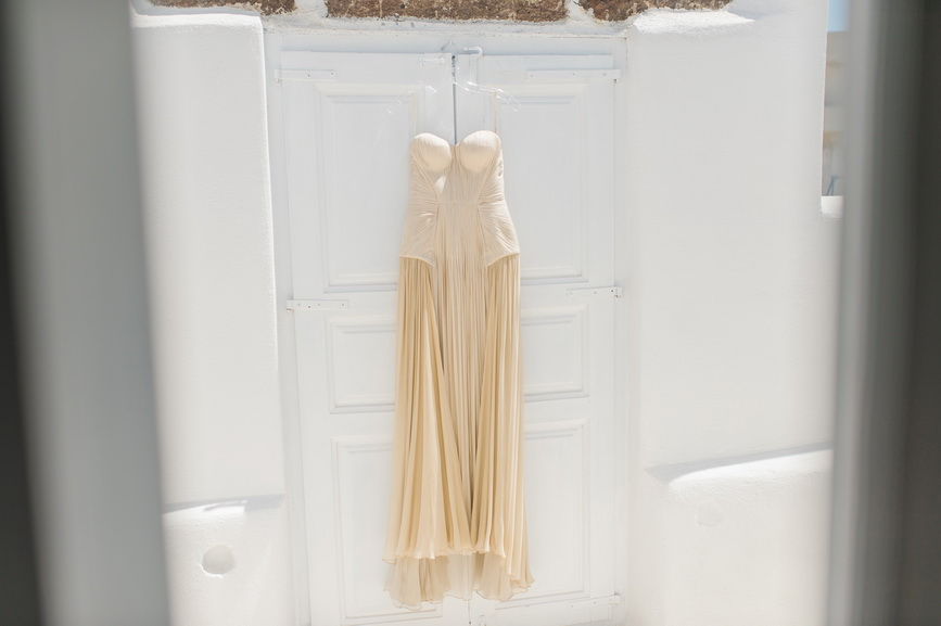 Hellenic Chic Elopement brides golden dress