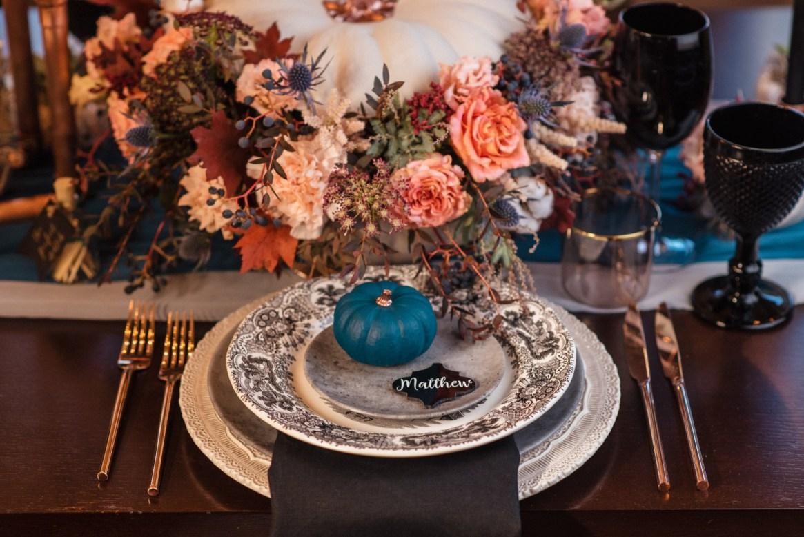 Hey Pumpkin table setup fall themed décor
