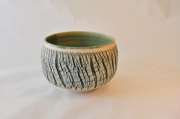 Keramik skål med grønne detaljer - Elly Pedersen Keramik
