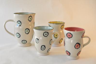 Keramik krus med cirkler - Elly Pedersen Keramik