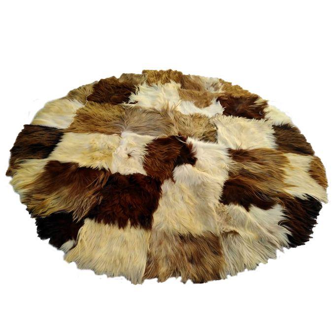 tapis peau de chevre poils longs