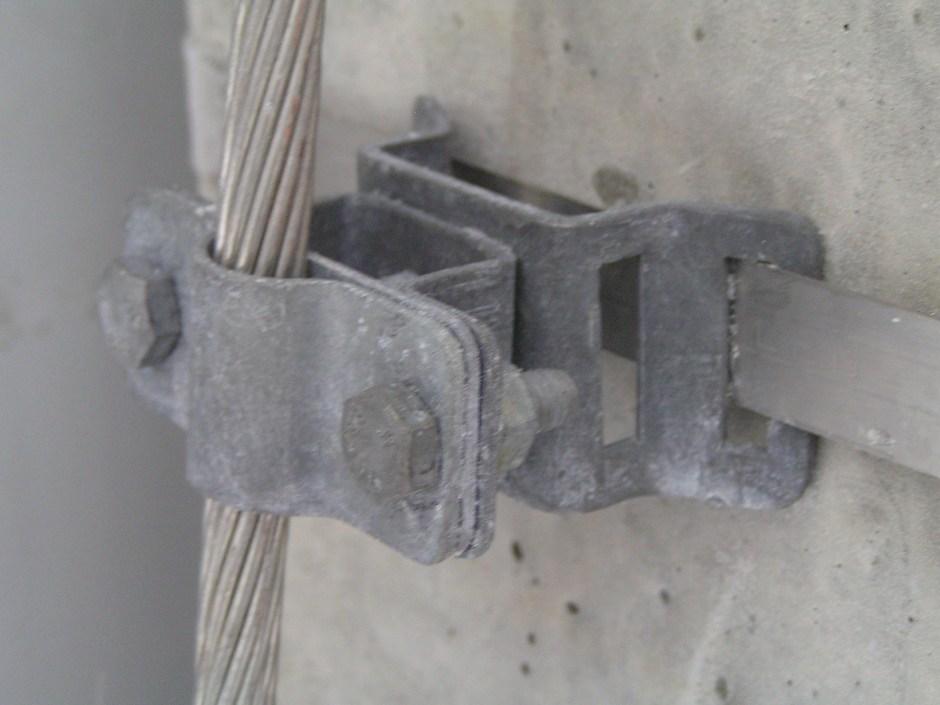 Крепление держателем проводника ДПЛ-18.1ГЦ медного луженого заземляющего проводника