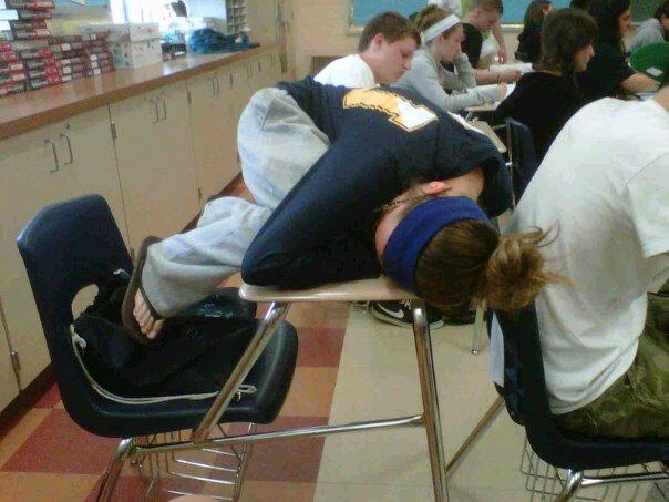 dormir en la escuela