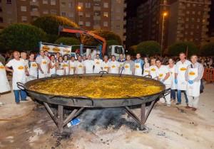 Paella gigante fiestas_mislata