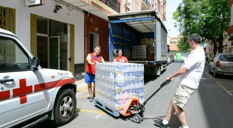 L'Ajuntament de Paiporta ajuda en el transport de 13.800 quilos d'aliments per a les persones necessitades
