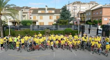Desenes de paiportins en el ciclopasseig promogut pel Consorci Esports Horta
