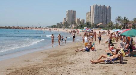 """Las playas de La Pobla de Farnals y El Puig reciben la bandera """"Q"""" de Calidad Turística"""