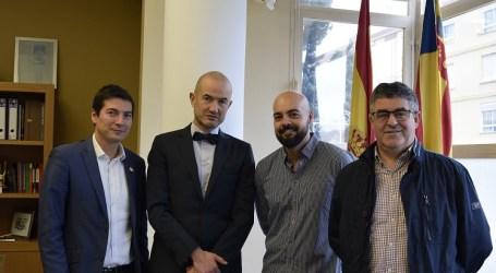 Ayuntamiento e Imed Hospitales ponen en marcha el convenio que permite la contratación de profesionales de Burjassot