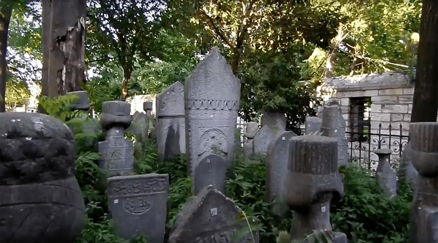 FANÁTICOS: EL RÉGIMEN DE ERDOGAN IMPIDE QUE SE ENTIERRE A LOS GOLPISTAS MUERTOS EN CEMENTERIOS