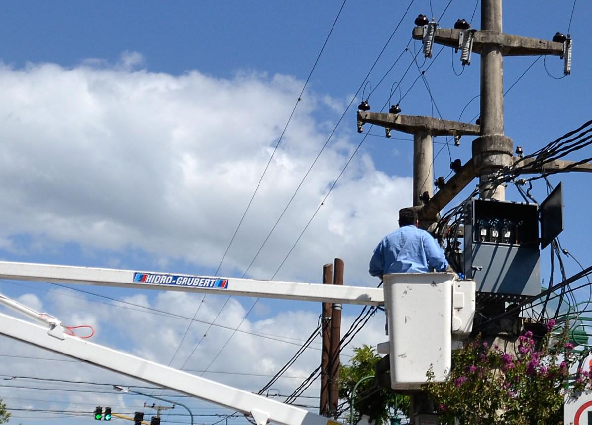 Un empleado de EPEC falleció electrocutado