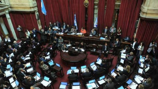 IVA-Ejecutivo-Cambiemos-GuemesFoto-Fernando_CLAIMA20160608_0288_28