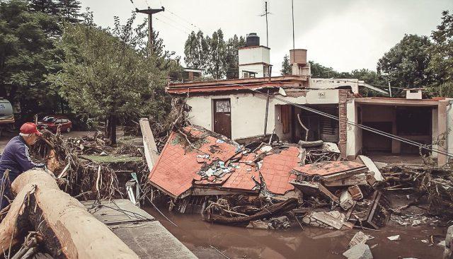 Citan a indagatoria a ingeniero que estafó a inundados de Mendiolaza 2