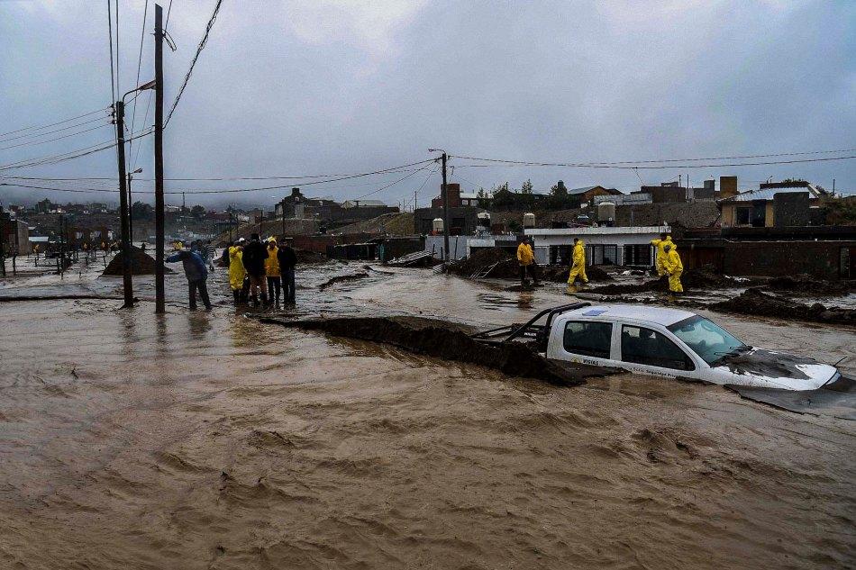Fuertes-lluvias-agravan-la-situacion-en-Comodoro-Rivadavia-SF-51