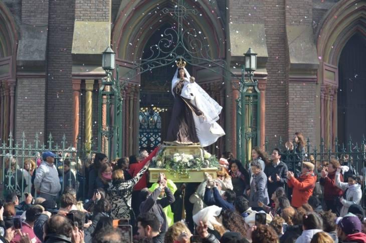 La Virgen del Carmen tuvo su día y Villa Allende lo celebró a lo grande 11