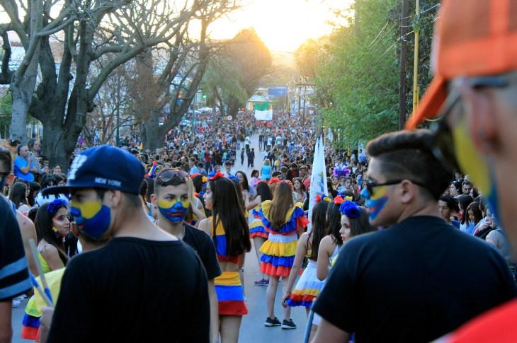 Más de 1300 personas disfrutaron de la primaveral Estudiantina unquillense 9