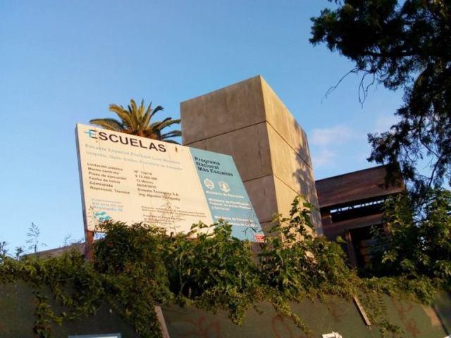 Escuela Especial Luis Morzone: histórico abandono 7
