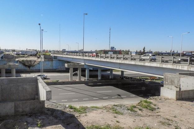 Sábado: corte total de tránsito en Av La Voz del Interior y Circunvalación 2