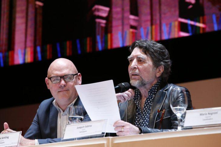 La poesía despertó pasiones en el Teatro del Libertador 3