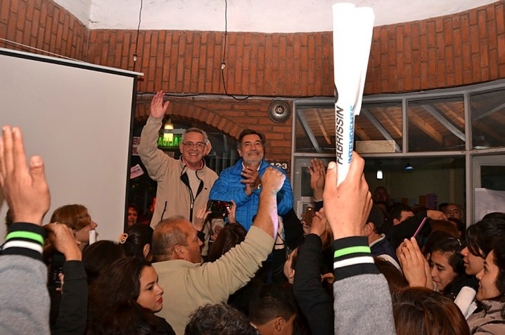 Fabrissin se sumó a la camada de intendentes reelectos de Sierras Chicas 11
