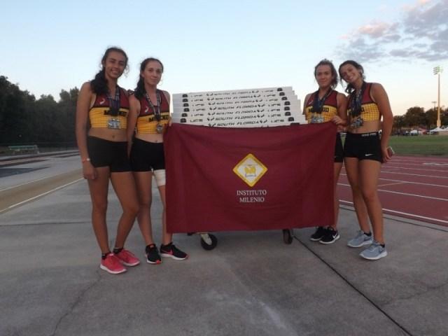 Reconocen al Equipo Femenino de Atletismo de un colegio de Villa Allende 3