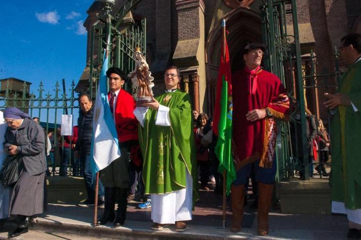 Emocionante inicio de las Fiestas Patronales en Villa Allende 2