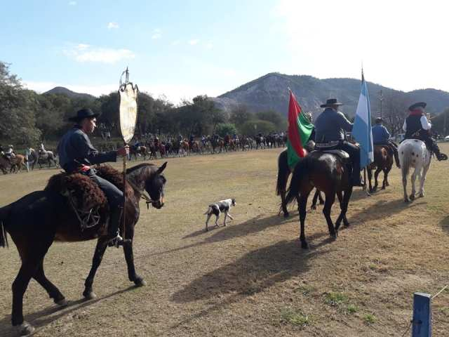 Emocionante inicio de las Fiestas Patronales en Villa Allende 24