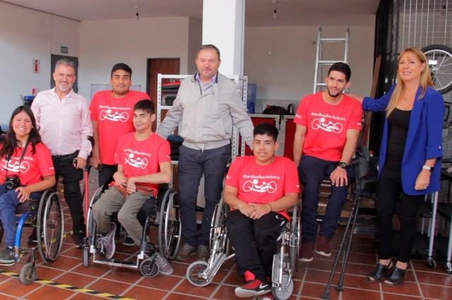 """""""Fondo Ayudar"""" colabora con la fabricación de bicicletas adaptadas 1"""