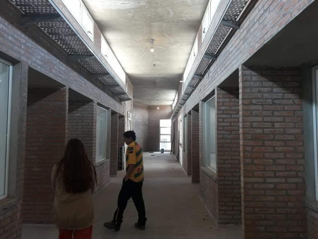 Colegio Morzone: continúa el reclamo por la entrega del nuevo edificio 25