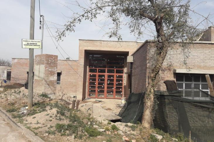 Colegio Morzone: continúa el reclamo por la entrega del nuevo edificio 10