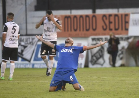 El Cholo Guiñazú se despidió a lo grande 14