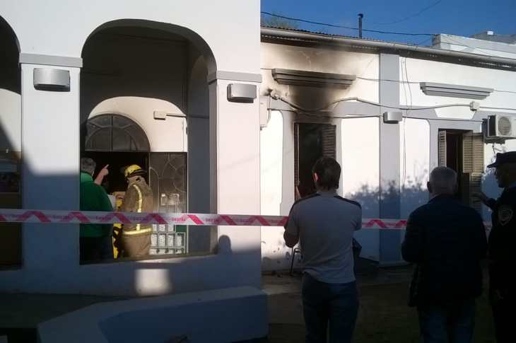 Incendio en la Municipalidad de Unquillo 5