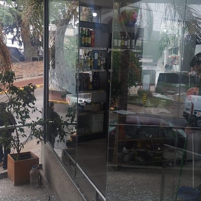 Preocupación tras destrozos y robo en el centro de Río Ceballos 6