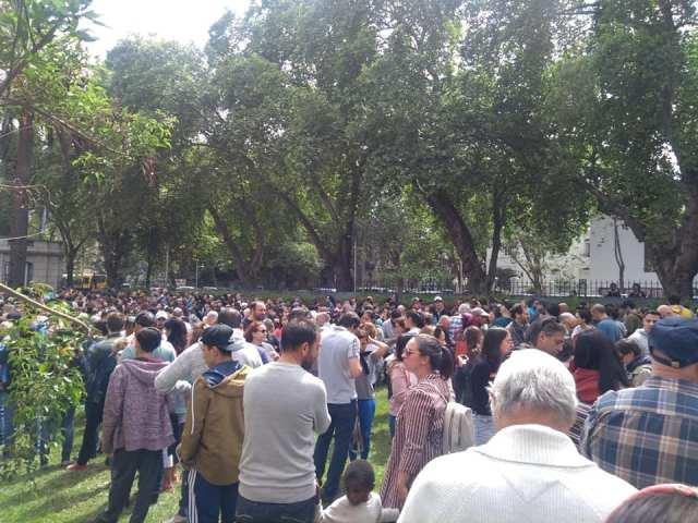 Masiva participación de votantes argentinos en el exterior 15