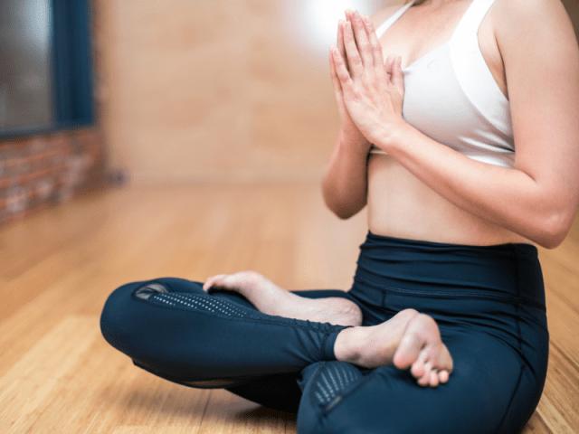 Invitan a un Yoga Solidario en Villa Allende 2