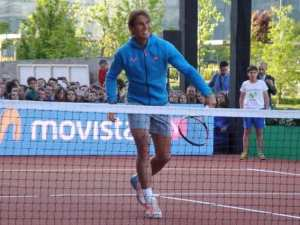 Rafa Nadal ayer, ejecutando uno de sus golpes.