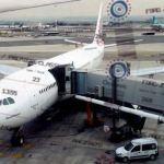 Cinco 'trampas' que se pueden reclamar al comprar un billete de avión